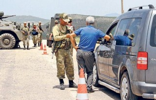 PKK, 19 vatandaşı canlı kalkan yaptı