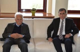 Bahaettin Karakoç'tan Rektör'e Ziyaret