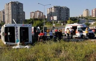 Başkentte trafik kazası: 2 ölü, 30 yaralı