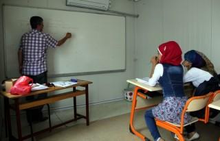 Suriyeli çocuklar Üniversite okumak istiyor