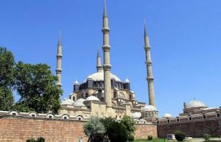 Osmanlı'nın simgesi Selimiye, Ramazan'a hazır
