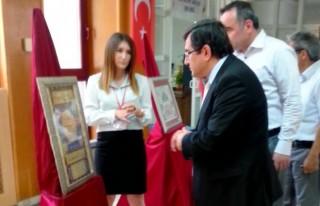 Tezhip Sergisi NFK Kültür merkezi'nde açıldı