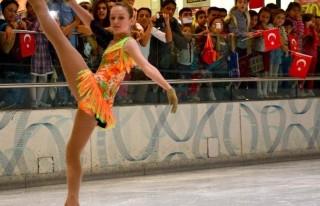 Milli Patenlerden Buzda Dans