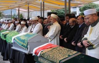 14 işçinin cenazesi toprağa verildi!