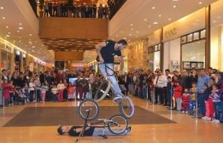 Bisiklet Şovu Nefes Kesti!
