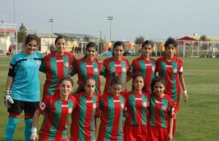 Amedspor kızları, Kahramanmaraş'ı farklı yendi!