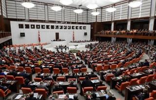 2015 bütçesi kabul edildi