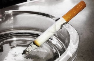 Yeni yılın ilk zammı sigara ve alkole!