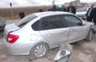 Elbistan'da Trafik Kazası: 6 Yaralı