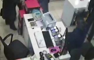 Cep telefonu hırsızı kamerada