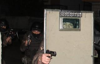 Torbacılara 500 polisle şafak operasyonu!
