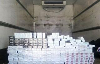 Kargo kamyonuyla kaçak sigara sevkiyatı