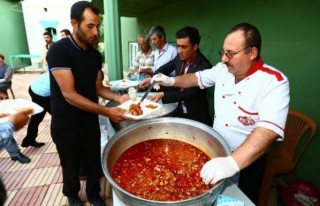 Afşin Belediyesi Altaş Mahallesinde İftar Çadırı...