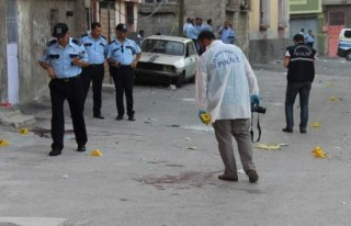 Gaziantep'te kız kavgası: 1 ölü, 9 yaralı!