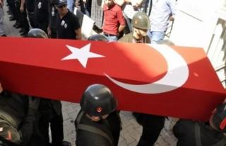 Şehit Erüstün'ün cenazesi baba ocağında