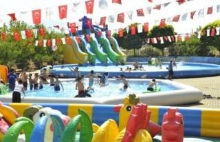 Çocuklar Portatif Havuzları Sevdi