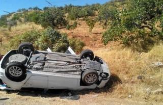 Otomobil takla attı: 1 ölü, 2 yaralı!