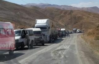 Hakkari - Şemdinli karayolu ulaşıma kapatıldı!