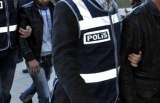 Adana'da suç örgütü operasyonu: 5 gözaltı!