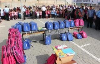 Kahramanmaraş'ta öğrencilere eğitim yardımı!