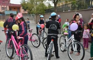 Hareketli Yaşam İçin Öğrencilere Bisiklet!