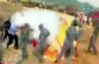4 askeri diri diri yaktı!