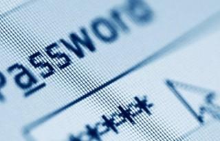 Sosyal ağ hesaplarınıza aynı şifreyi koymayın!