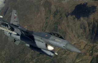 Suriye sınırında altı F-16 devriyesi!