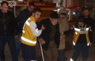 Taşköprü'de kamyon otomobile çarptı: 2 yaralı!