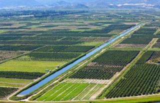 Tarım arazileri satılıyor!..