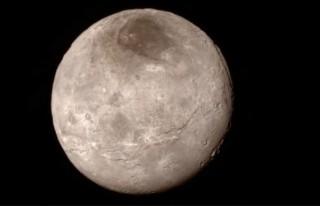 Artık karar verin! Plüton gezegen mi, değil mi?!
