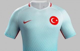 Türkiye Milli Takımı formaları görücüye çıktı!