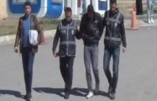 Başkent'te silahlı saldırı: 1'i polis 2 yaralı!