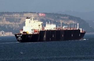 Doğalgaz tankeri Çanakkale Boğazı'ndan geçti!