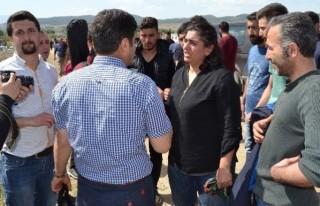 Eylemde 2 gazeteci ve 2 asker yaralandı