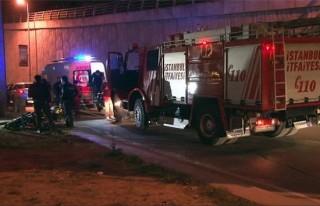Şişli'de feci motor kazası; taktığı kask hayatını...