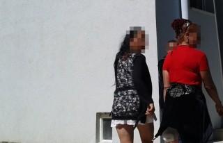 Otostopla fuhuş yapan kadın hırsız çıktı!