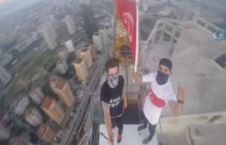 315 metrede Türk bayrağı dalgalandırdılar!
