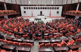 Dokunulmazlık teklifi Meclis'ten geçti!