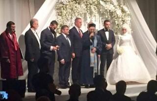 Cübbeli Ahmet Hoca kızını evlendirdi!