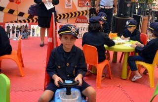 Geleceğin Polisleri Üniforma Giydi