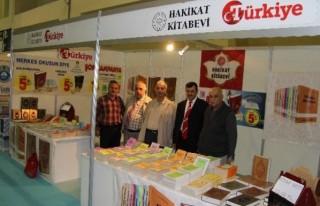 Kitap Fuarında 'Türkiye Hakikat'la yerini aldı