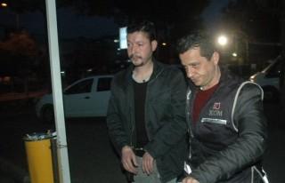 Adana'da FETÖ operasyonu: 25 gözaltı!