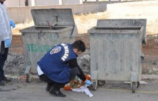 2 Günlük bebeği çöp konteynerine attılar