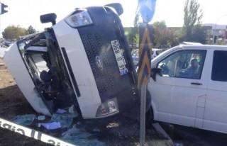 Kahramanmaraş'ta Polis Minibüsü İle Ticari Araç...