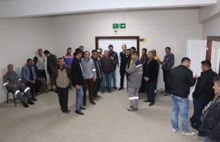 Pazarcık Belediyesi'nde 152 taşeron işçi kadroya...