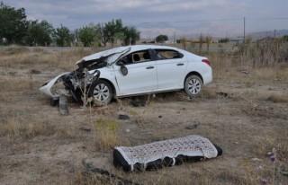 Otomobil sürücüsü, feci kazada hayatını kaybetti