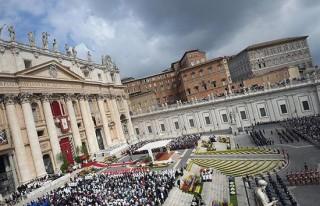 Vatikan'a 5 milyar Euro'luk fatura!