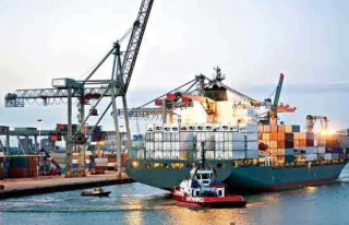 Dış ticaret açığı yüzde 93,8 azaldı!
