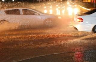 Kahramanmaraş'ta sağanak yağmur etkili oldu